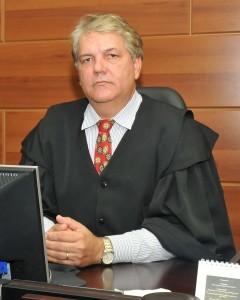 Desembargador Eugênio José Cesário Rosa, relator