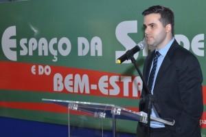 Dr. Cristiano Augusto, em palestra no TRT-GO, destaca a importância da prevenção do câncer