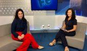 foto da entrevistada de estúdio da edição 431 do Programa Hora Extra. Foto do estúdio